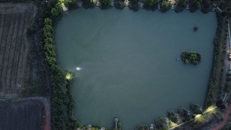 jezero-laguna-snimak-iz-drona