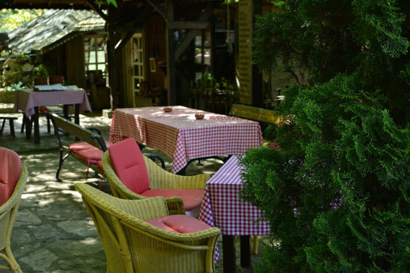 jezero-ada-safari-restoran-opusteno-eksterijer